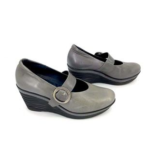 SOFTWAVES Grey Leather Mary-Jane Wedge Shoes 8